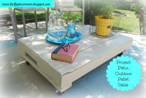 Thrifty Decor Mom, patio backyard reveal