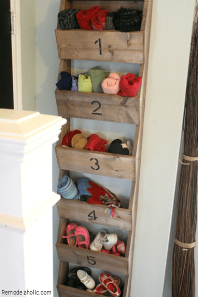 DIY Shelf Ideas From Remodelaholic