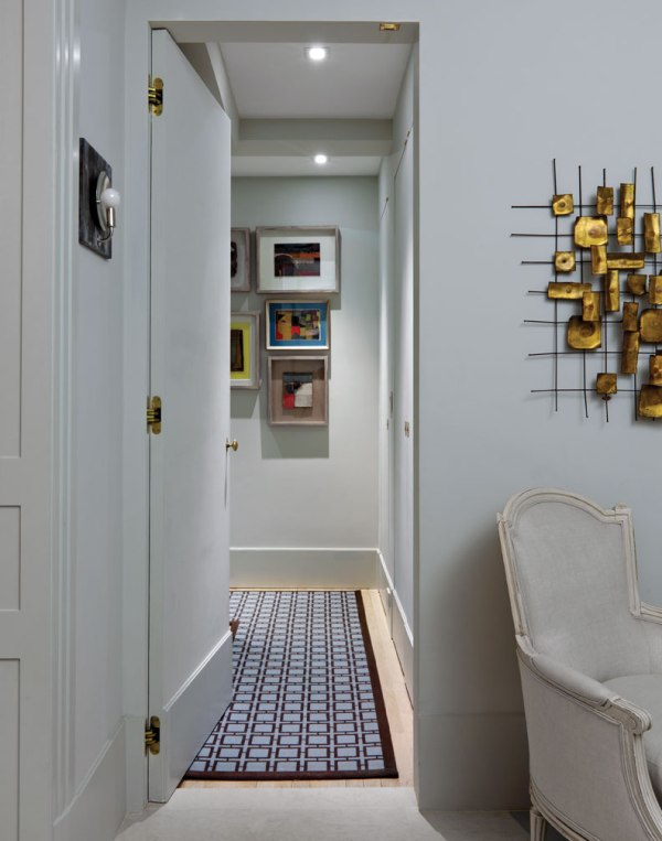 Hallway, Art Deco Apartment in the El Dorado NYC | Design by Design Development NYC | Photography by Trevor Tondro | featured at Remodelaholic.com #artdeco #design #decor #nyc