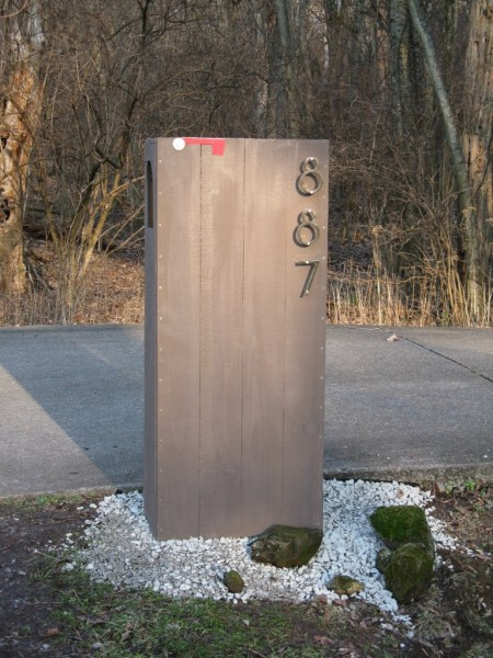 diy modern mailbox, Mod Frugal