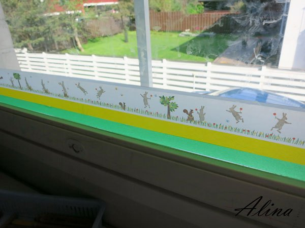 washi tape home decor - window stripe, Alina Kelo