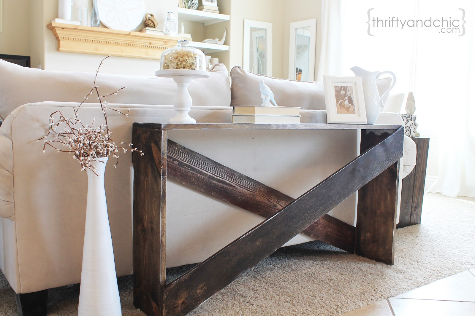 remodelaholic stylish and simple diy sofa table rh remodelaholic com Pallet Sofa Table small sofa tables in cherry wood