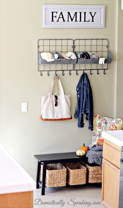 mini-mudroom-1