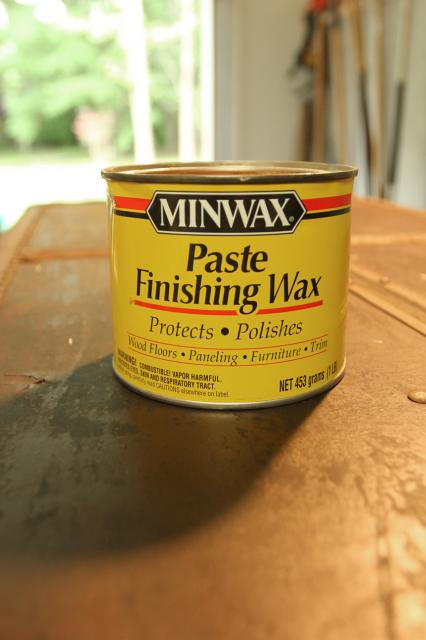 use Minwax finishing paste to clean up an old trunk, featured on Remodelaholic.com