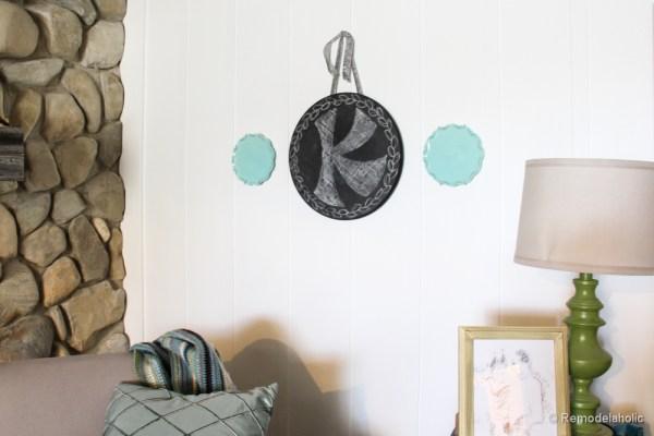 Chalkboard Wreath or door hanging tutorial (12)