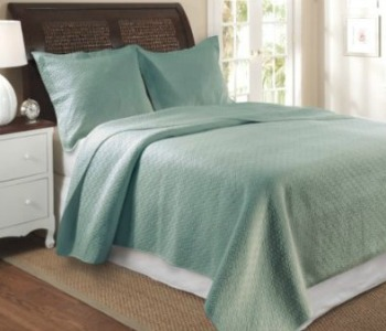 Greenland Home blue quilt, Amazon