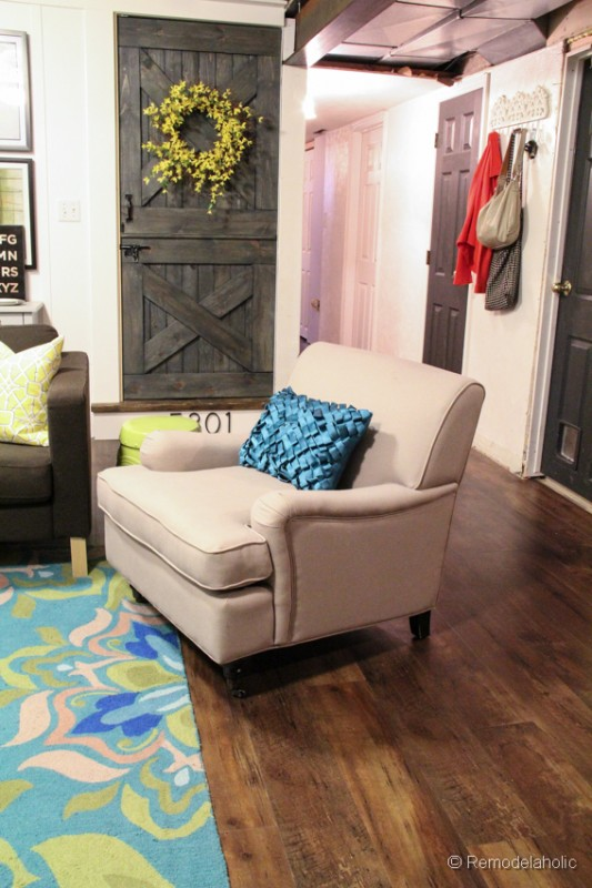 new-living-room-chair-3-533x800
