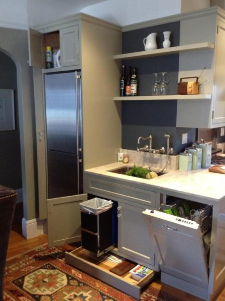 small kitchen with maximized space, Maureen on The Kitchn