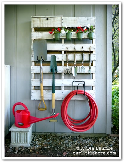 upcycled pallet gardening tool organizer, Our Little Acre via Remodelaholic
