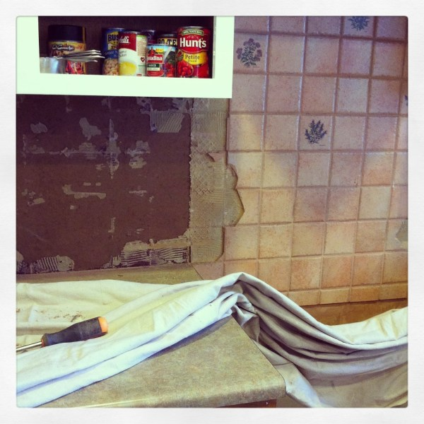 demo the backsplash, House For Five featured on Remodelaholic