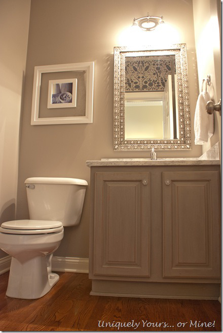01-17 powder room makeover, Uniquely Yours Or Mine