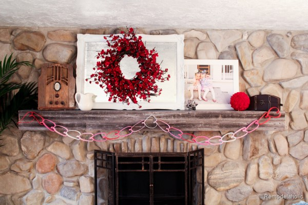 Valentines mantel and TV in fireplace (2 of 8)