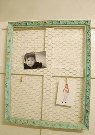 chicken wire frame for bathroom makeover, Vintage Romance featured on Remodelaholic