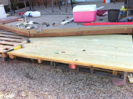 how to build a deck from wooden pallets, The Second Wind of Texas featured on Remodelaholic