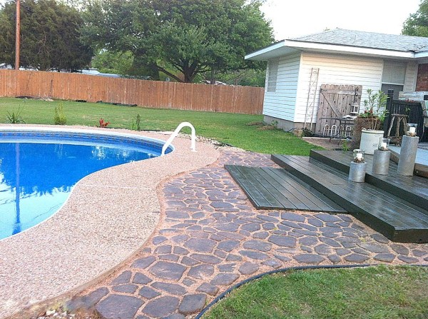 wooden pallet deck, The Second Wind of Texas featured on Remodelaholic