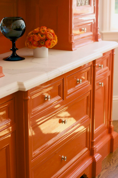 Bold Kitchen Backsplash With White Cabinets