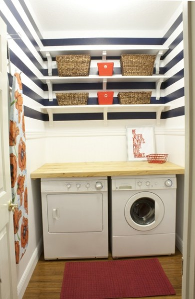 Striped laundry room, A Couple of Dreamers
