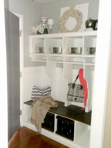 entryway mudroom cubbies with locker dividers, Home Heart and Hands featured on Remodelaholic