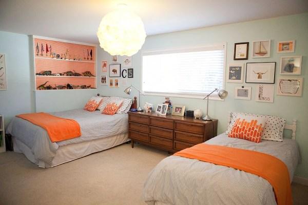orange boys room