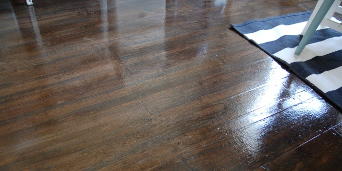 Remodelaholic Faux Wood Plank Floors Using Brown Paper