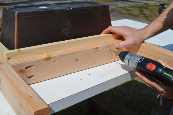 fit patio table ice box frames to supports 9, Kruse's Workshop on Remodelaholic