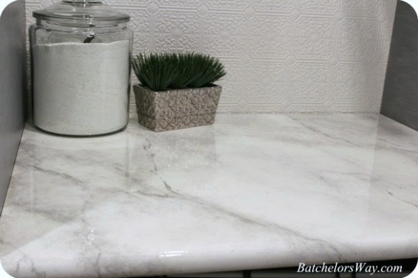 how to paint a faux marble countertop, Batchelors Way on Remodelaholic