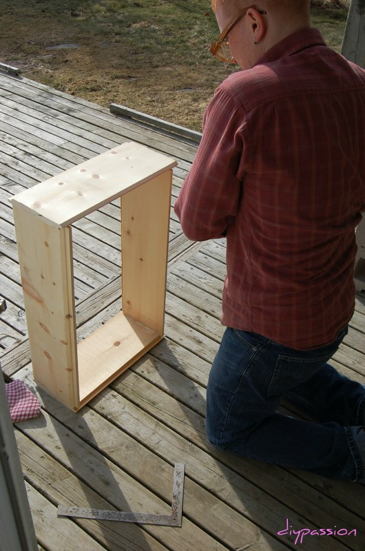 build rolling underbed storage crates, DIY Passion on Remodelaholic