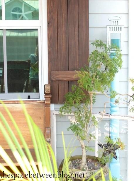 front-porch-lantern