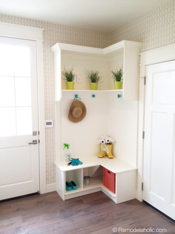Small Corner mudroom!