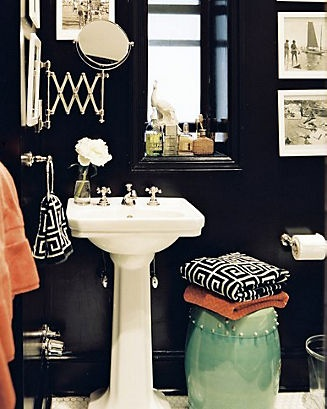 Black Bathroom via Remodelaholic.com