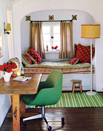 cozy-bed-nook-we-heart-it
