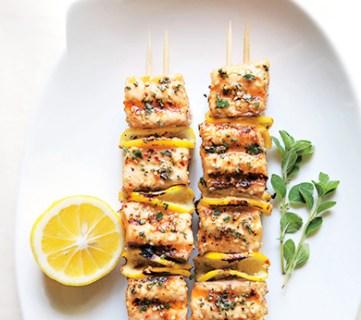 11 Fast and Fun Summer Kebabs - tipsaholic, #summerkebabs, #summerfood, #kebabs