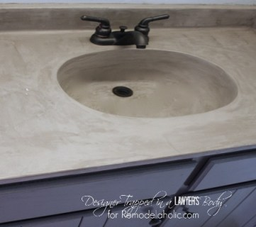 DIY Concrete Vanity {with integral sink}!