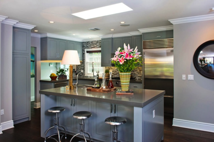 L Shaped Kitchen Layout In Gray With Kitchen Island Via DecorPad