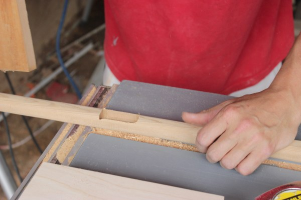 How to Build a Wooden Planter Stand   Home Coming for remodelaholic.com