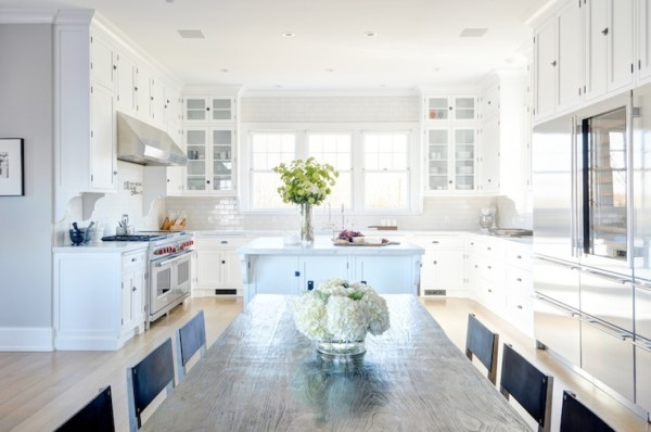 U shaped kitchen with ceiling height cabinets via DecorPad