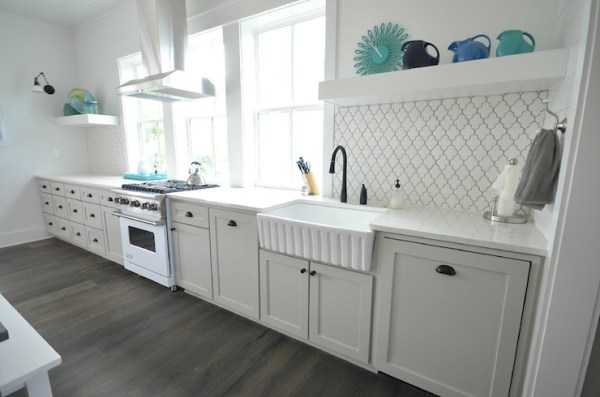 one wall kitchen layout in white via DecorPad