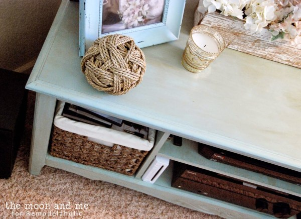 painted and waxed revamped console table, The Moon and Me on Remodelaholic