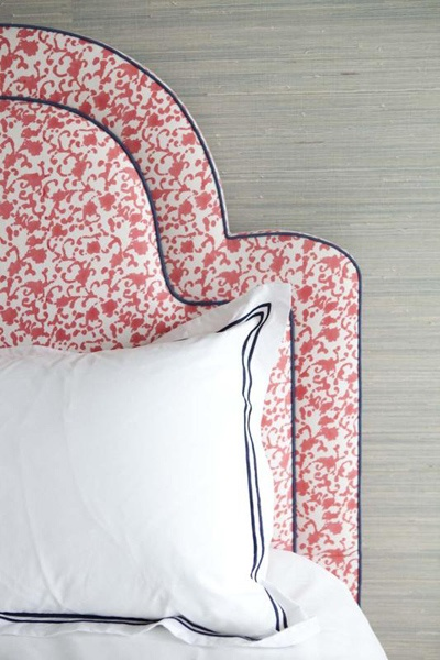 pink patterned keystone headboard via Metropolitan Musings