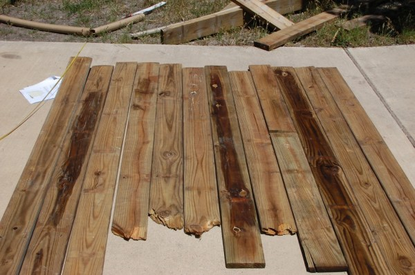rustic wood headboard from fence post, The Accent Piece on Remodelaholic