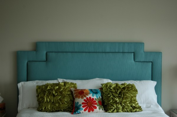 square cutout inset corner headboard via Posh Surfside