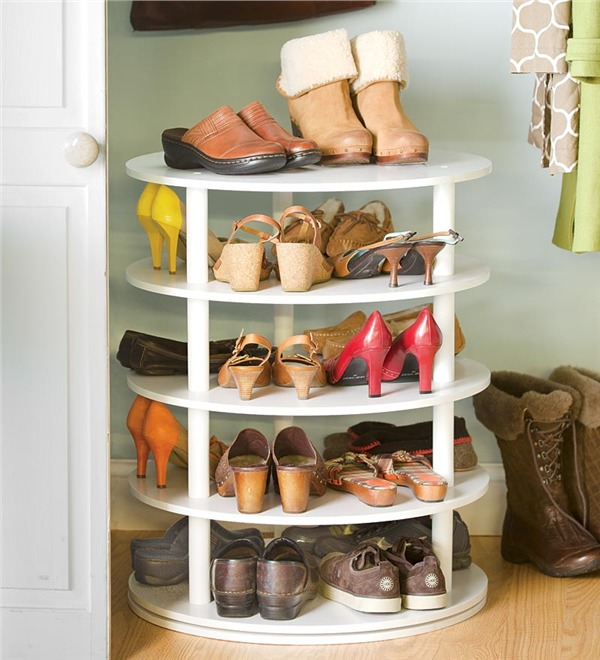 rotating shoe rack DIY inspired by Plow&Hearth