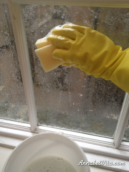 how to clean lace cornstarch privacy film off windows, Annabel Vita on Remodelaholic