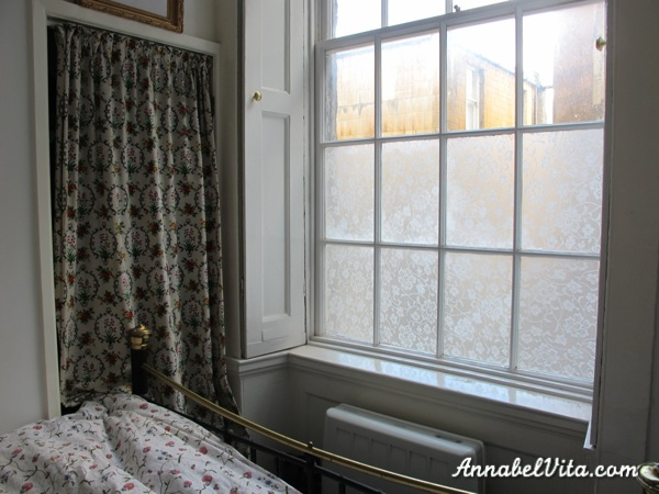 how to use lace to create a privacy window film, Annabel Vita on Remodelaholic