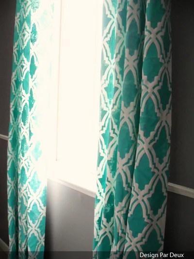 Design Par Deux - stenciled curtains - via Remodelaholic