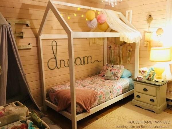 Diy House Frame Bed By Reader Alisha, Building Plans @Remodelaholic Wm