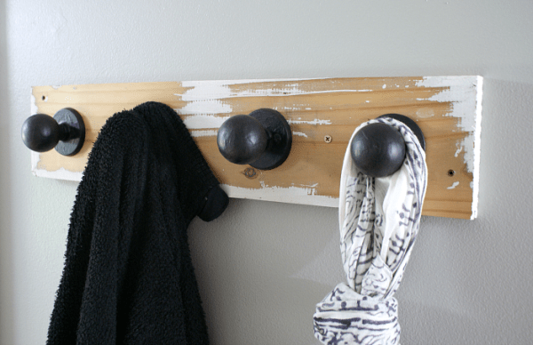 salvaged wood and door knob coat hanger, 52 Weekends of DIY