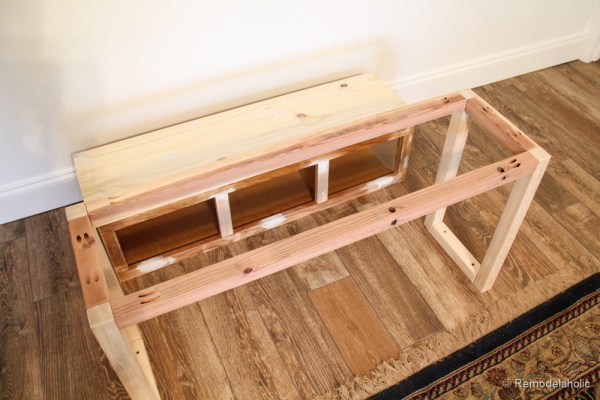 Sherwin-Williams Coral Reef Painted Console Table @Remodelaholic-2749