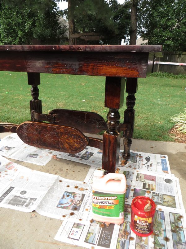 how to refinish carved wooden furniture - Beckwith's Treasures on @Remodelaholic