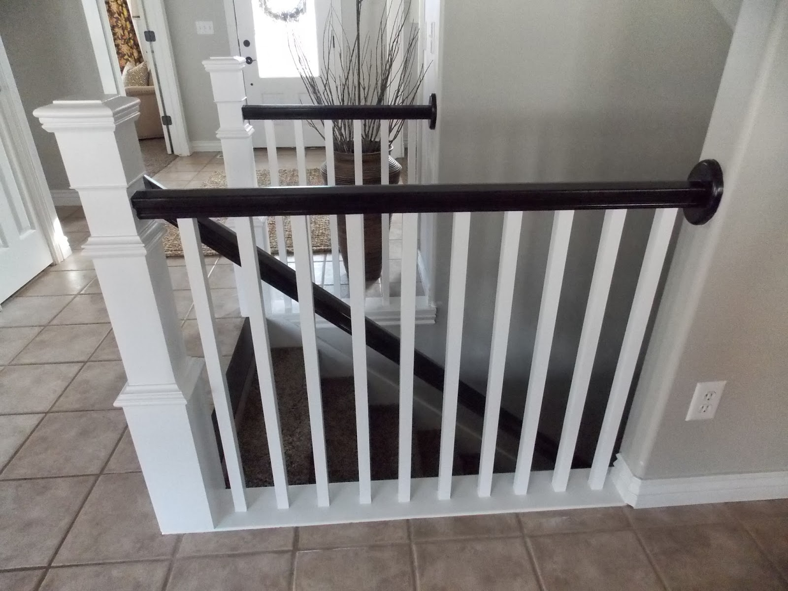 Stair Banister Redo With New Newel Post And Spindles Tda Decorating And Design Featured On